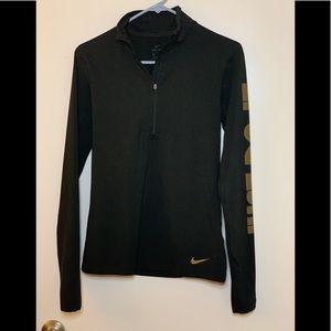 Nike Drifit- 1/4 zip long sleeve